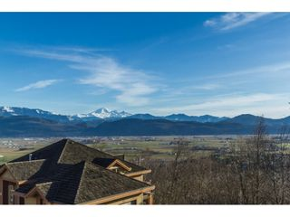 """Photo 2: 1 35931 EMPRESS Drive in Abbotsford: Abbotsford East Townhouse for sale in """"MAJESTIC RIDGE"""" : MLS®# R2137226"""