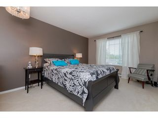 """Photo 12: 208 5375 205 Street in Langley: Langley City Condo for sale in """"GLENMONT PARK"""" : MLS®# R2295267"""