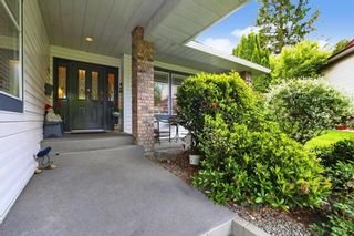 """Photo 2: 4928 196B Street in Langley: Langley City House for sale in """"High Knoll"""" : MLS®# R2610157"""
