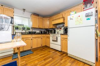 """Photo 24: 45640 NEWBY Drive in Chilliwack: Sardis West Vedder Rd House for sale in """"SARDIS"""" (Sardis)  : MLS®# R2481893"""