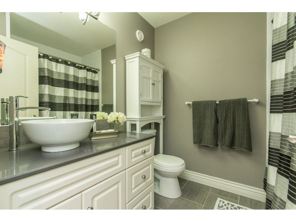 "Photo 37: Photos: 21113 44A Avenue in Langley: Brookswood Langley House for sale in ""CEDAR RIDGE"" : MLS®# R2173937"