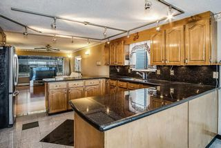 Photo 3: 254 WARRICK Street in Coquitlam: Cape Horn House for sale : MLS®# R2479071