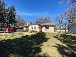 Photo 2: 14 Pine Crescent in Portage la Prairie RM: House for sale : MLS®# 202108298