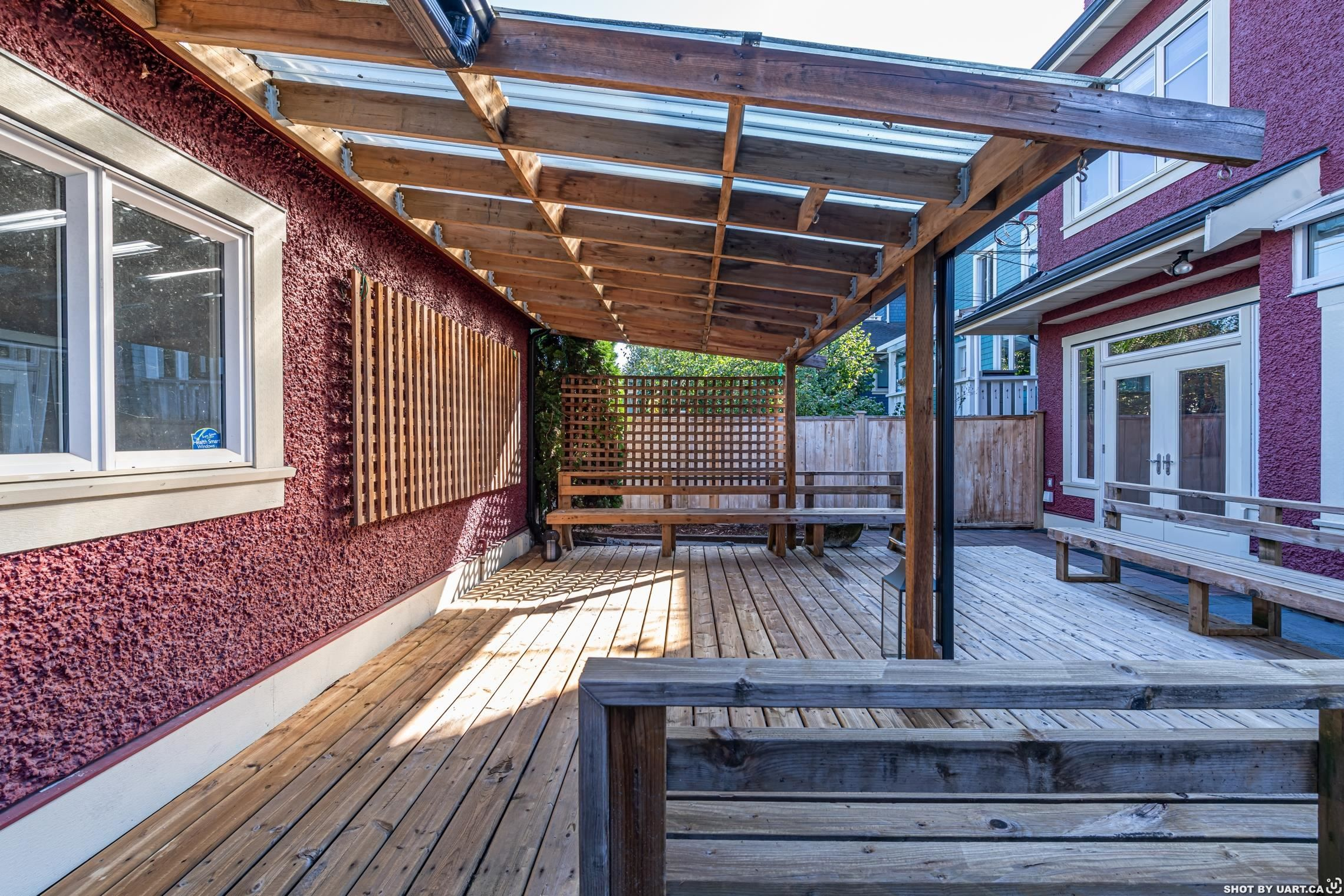 Main Photo: 3487 W 2ND Avenue in Vancouver: Kitsilano 1/2 Duplex for sale (Vancouver West)  : MLS®# R2621064