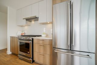 """Photo 3: 1804 258 NELSON'S Court in New Westminster: Sapperton Condo for sale in """"The Columbia"""" : MLS®# R2506476"""