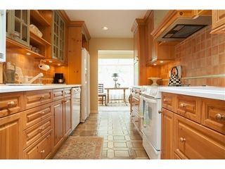 Photo 10: 45 2236 FOLKESTONE Way in West Vancouver: Panorama Village Home for sale ()  : MLS®# V1081969