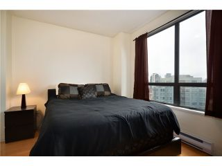 "Photo 5: 1907 1189 HOWE Street in Vancouver: Downtown VW Condo for sale in ""GENESIS"" (Vancouver West)  : MLS®# V934014"