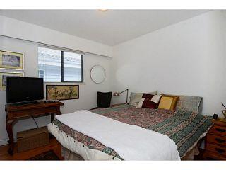 "Photo 13: 835 E 32ND Avenue in Vancouver: Fraser VE House for sale in ""FRASER"" (Vancouver East)  : MLS®# V1056460"