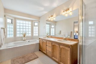 Photo 13: 14924 21B Avenue in Surrey: Sunnyside Park Surrey House for sale (South Surrey White Rock)  : MLS®# R2331865