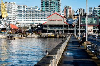 """Photo 32: 1107 138 E ESPLANADE in North Vancouver: Lower Lonsdale Condo for sale in """"PREMIERE AT THE PIER"""" : MLS®# R2602280"""