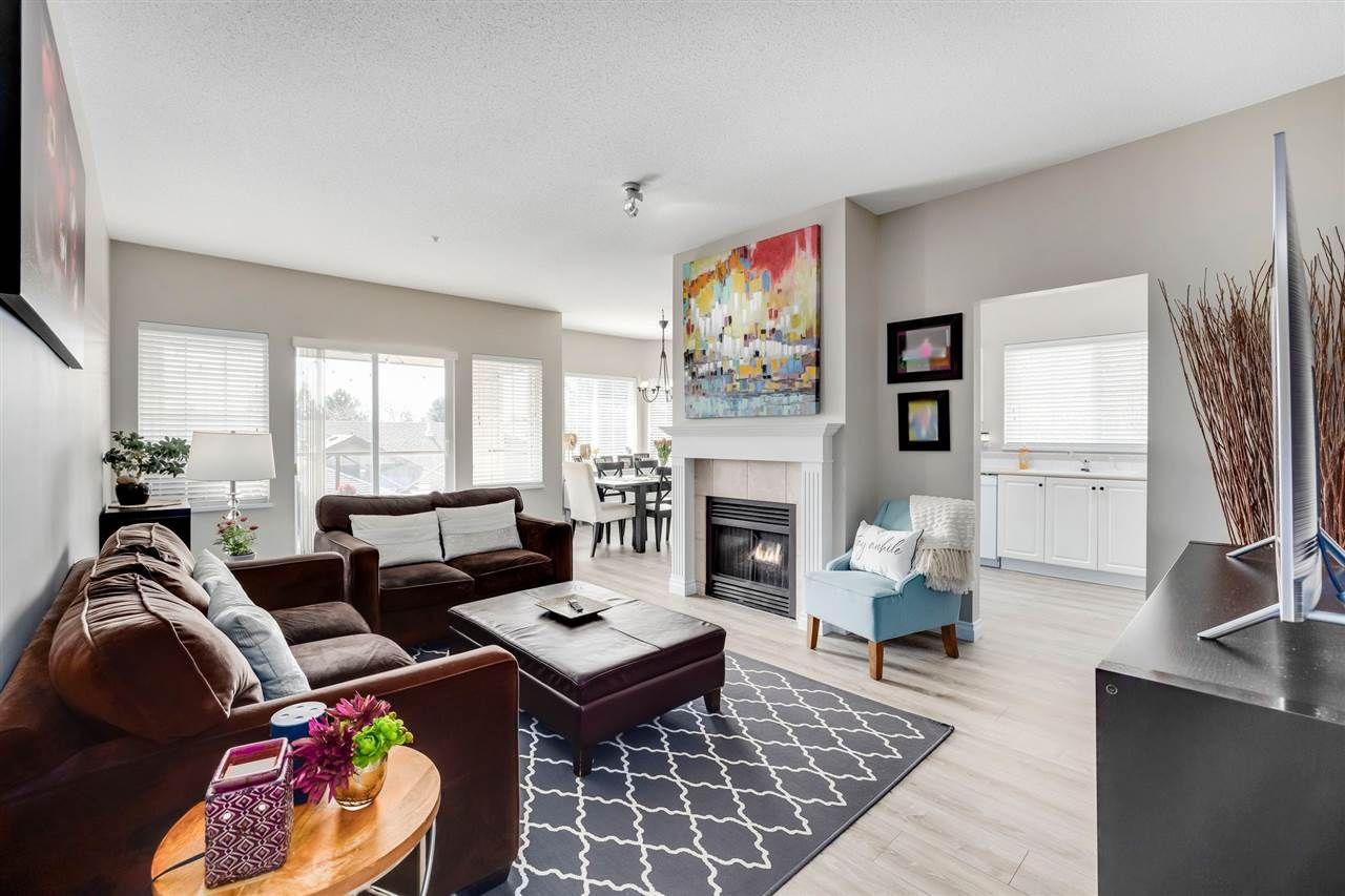 Main Photo: #204 4745 54A Street in Ladner: Delta Manor Condo for sale : MLS®# R2551644