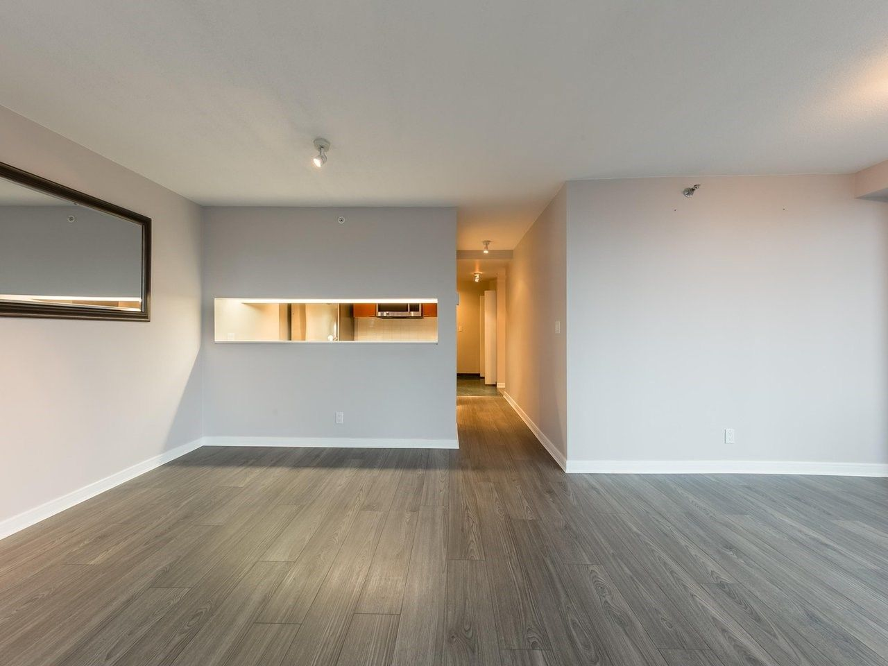"""Photo 12: Photos: 1202 1200 ALBERNI Street in Vancouver: West End VW Condo for sale in """"Palisades"""" (Vancouver West)  : MLS®# R2527140"""