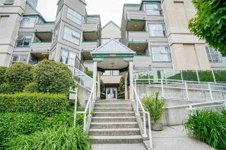 Photo 1: 202 509 CARNARVON Street in New Westminster: Downtown NW Condo for sale : MLS®# R2583081