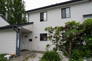 """Photo 14: 225 13620 67 Avenue in Surrey: East Newton Townhouse for sale in """"HYLAND CREEK - EAST NEWTON"""" : MLS®# R2469366"""