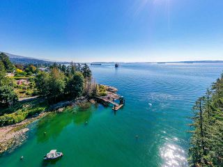 """Photo 14: 4777 PILOT HOUSE Road in West Vancouver: Olde Caulfeild House for sale in """"Tiddly Cove"""" : MLS®# R2497367"""