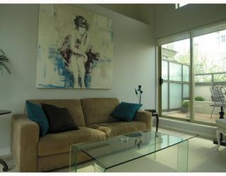 """Photo 9: TH17 969 RICHARDS Street in Vancouver: Downtown VW Townhouse for sale in """"MONDRIAN 2"""" (Vancouver West)  : MLS®# V706935"""