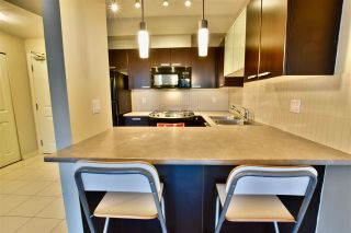"""Photo 7: 213 10455 UNIVERSITY Drive in Surrey: Whalley Condo for sale in """"D'Cor"""" (North Surrey)  : MLS®# R2443325"""