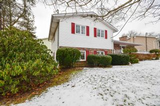 Photo 2: 43 Wynn Castle Drive in Lower Sackville: 25-Sackville Residential for sale (Halifax-Dartmouth)  : MLS®# 202100752