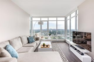 """Photo 4: 4301 4485 SKYLINE Drive in Burnaby: Brentwood Park Condo for sale in """"SOLO DISTRICT"""" (Burnaby North)  : MLS®# R2390443"""
