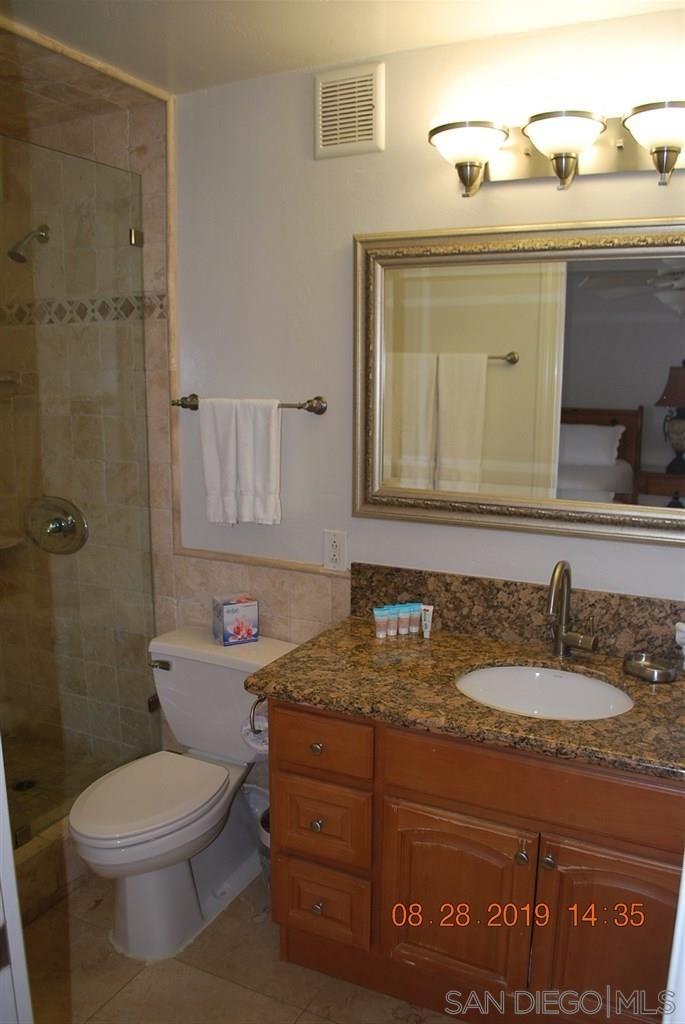 Photo 23: Photos: PACIFIC BEACH Condo for sale : 2 bedrooms : 4767 Ocean Blvd. #801 in San Diego