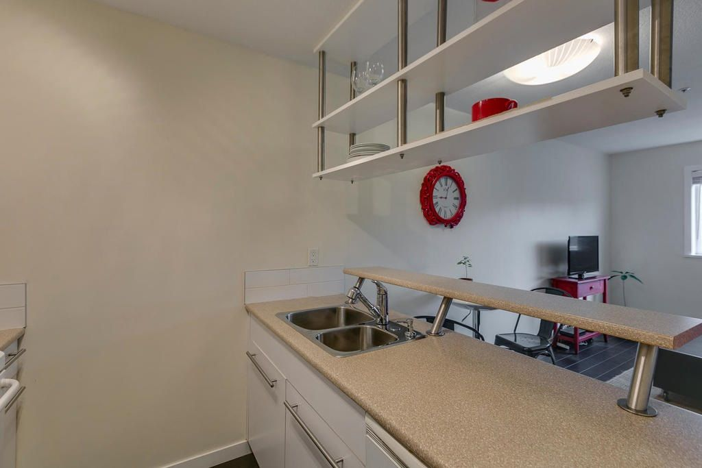 """Photo 10: Photos: 306 33 TEMPLETON Avenue in Vancouver: Hastings Condo for sale in """"North Templeton"""" (Vancouver East)  : MLS®# R2149760"""