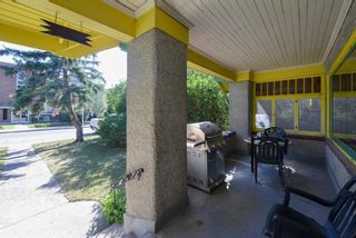 Photo 3: 524 20 Avenue SW in Calgary: Cliff Bungalow Detached for sale : MLS®# A1138521