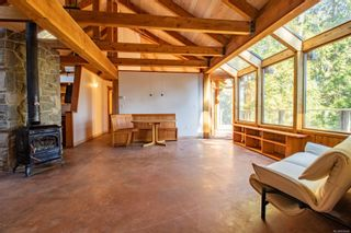 Photo 9: 4347 Clam Bay Rd in Pender Island: GI Pender Island House for sale (Gulf Islands)  : MLS®# 885964
