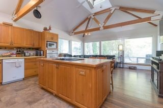 Photo 13: 9320/9316 Lochside Dr in : NS Bazan Bay House for sale (North Saanich)  : MLS®# 886022