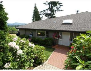 Photo 1: 1015 East Keith Road in North Vancouver: Calverhall House for sale : MLS®# V770680