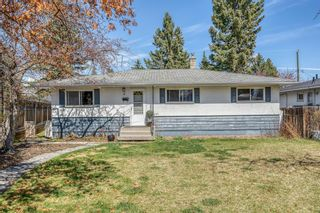 Main Photo: 49 White Oak Crescent SW in Calgary: Wildwood Detached for sale : MLS®# A1102539