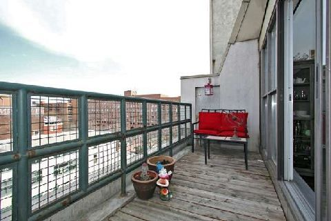 Photo 3: Photos: 30 222 The Esplanade in Toronto: Waterfront Communities C8 Condo for sale (Toronto C08)  : MLS®# C2926116