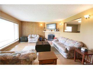 Photo 2: 393 Railway Street in Ponemah: Dunnottar Residential for sale (R26)  : MLS®# 1708569
