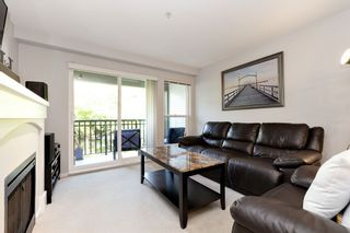 """Photo 2: 309 1330 GENEST Way in Coquitlam: Westwood Plateau Condo for sale in """"THE LANTERNS"""" : MLS®# R2485800"""