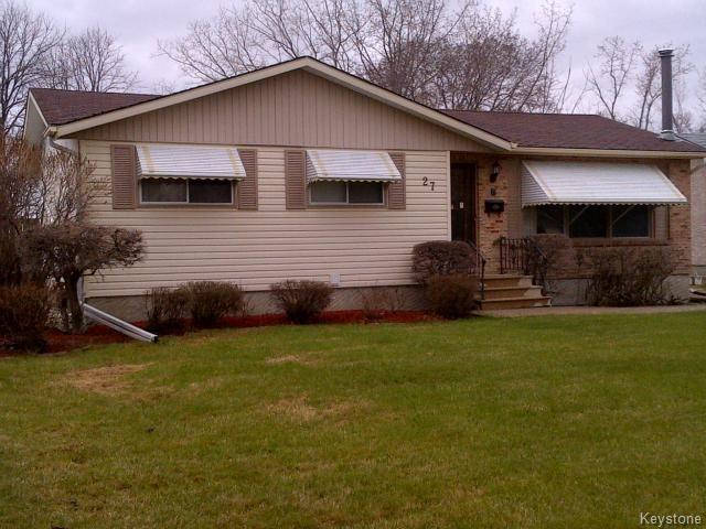 Main Photo: 27 Alder Bay in WINNIPEG: Charleswood Residential for sale (South Winnipeg)  : MLS®# 1410212