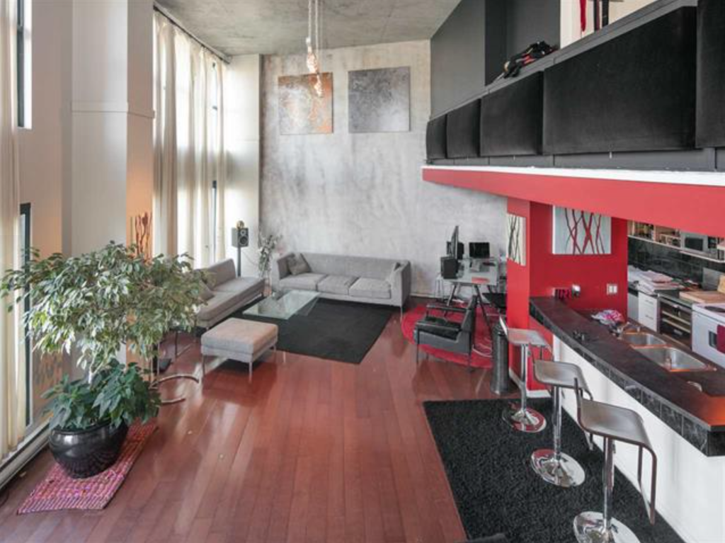 Main Photo: 407 22 East Cordova Street in Vancouver: Downtown VE Condo for sale (Vancouver East)  : MLS®# R2163829