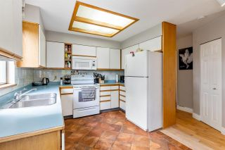 Photo 11: 1736 LANGAN Avenue in Port Coquitlam: Lower Mary Hill House for sale : MLS®# R2592455