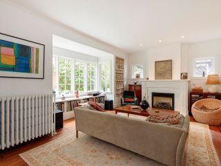 """Photo 4: 5 1820 BAYSWATER Street in Vancouver: Kitsilano Townhouse for sale in """"Tatlow Court"""" (Vancouver West)  : MLS®# R2619300"""