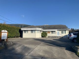 Photo 24: 818 KIWANIS Way in Gibsons: Gibsons & Area Business with Property for sale (Sunshine Coast)  : MLS®# C8036896
