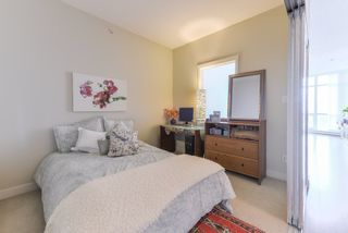 "Photo 14: 1907 13399 104 Avenue in Surrey: Whalley Condo for sale in ""D'Corize"" (North Surrey)  : MLS®# R2370927"