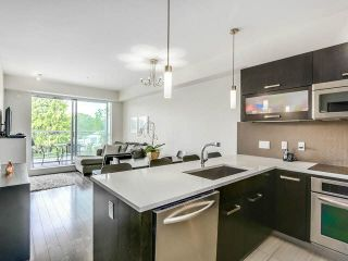 Photo 2: 301 3333 MAIN Street in Vancouver: Main Condo for sale (Vancouver East)  : MLS®# V1141003