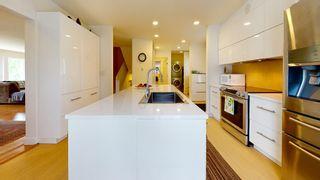 Photo 5: 5097 BETTY Road in Sechelt: Sechelt District House for sale (Sunshine Coast)  : MLS®# R2588969