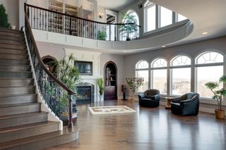 Photo 2: 11 Spring Valley Close SW in Calgary: Springbank Hill Detached for sale : MLS®# A1087458