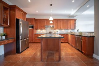 """Photo 5: 4719 DUNFELL Road in Richmond: Steveston South House for sale in """"THE DUNS"""" : MLS®# R2370346"""