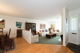 """Photo 2: 2 1511 MAHON Avenue in North Vancouver: Central Lonsdale Townhouse for sale in """"Heritage Court"""" : MLS®# R2206665"""