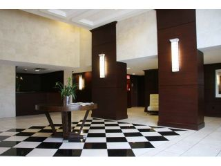 """Photo 9: 903 4250 DAWSON Street in Burnaby: Brentwood Park Condo for sale in """"OMA 2"""" (Burnaby North)  : MLS®# V900714"""