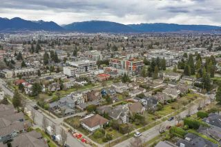 Photo 2: 547 W 27TH Avenue in Vancouver: Cambie House for sale (Vancouver West)  : MLS®# R2557857