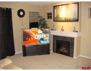 """Photo 3: 19 15152 62A Avenue in Surrey: Sullivan Station Townhouse for sale in """"UPLANDS"""" : MLS®# F2826313"""