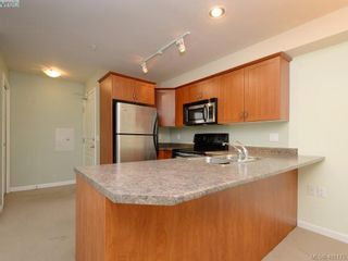 Photo 7: 201 655 Goldstream Ave in VICTORIA: La Fairway Condo for sale (Langford)  : MLS®# 800503