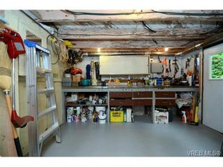 Photo 14: 1679 Knight Ave in VICTORIA: SE Mt Tolmie House for sale (Saanich East)  : MLS®# 677181