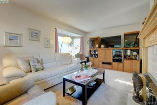 Photo 4: 28 1287 Verdier Ave in BRENTWOOD BAY: CS Brentwood Bay Row/Townhouse for sale (Central Saanich)  : MLS®# 774883